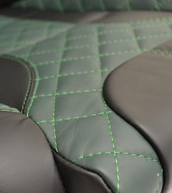 Diamond Green Leather / Green Stitch