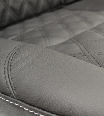 Diamond Black Leather / White Stitch